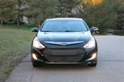 2013 Hyundai Sonata Hybrid Review by 2013 Hyundai Sonata Hybrid Our Review Cars