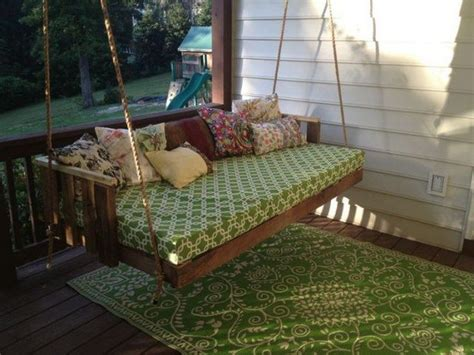 how to make a swing bed diy pallet swing bed how to make a pallet swing bed