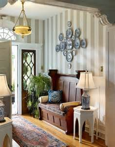 Small Foyer Decor Small Foyer Decorating Ideas Making An Entrance