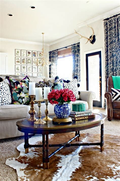 eclectic living room design 7 perfectly preppy eclectic decorated rooms southern
