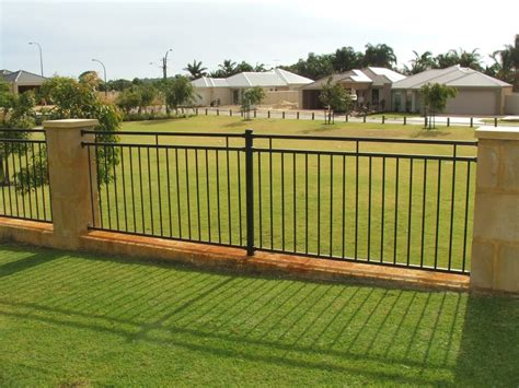 cheap backyard fencing inexpensive backyard fencing home design lover best