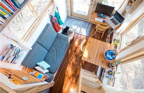 Houseboat Bathroom by The Top 5 Most Beautiful Tiny Houses On Wheels Critical