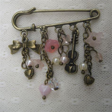 Kilt Pin Etsy by Kilt Pin Brooch Hearts Flowers Violin Bronze 163 5 00 Via