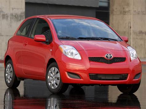 blue book value used cars 2007 toyota yaris head up display photos and videos 2013 toyota yaris hatchback history in pictures kelley blue book