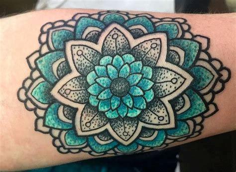 mandala tattoo y significado tatuajes de mandalas para mujer y hombre y que significan