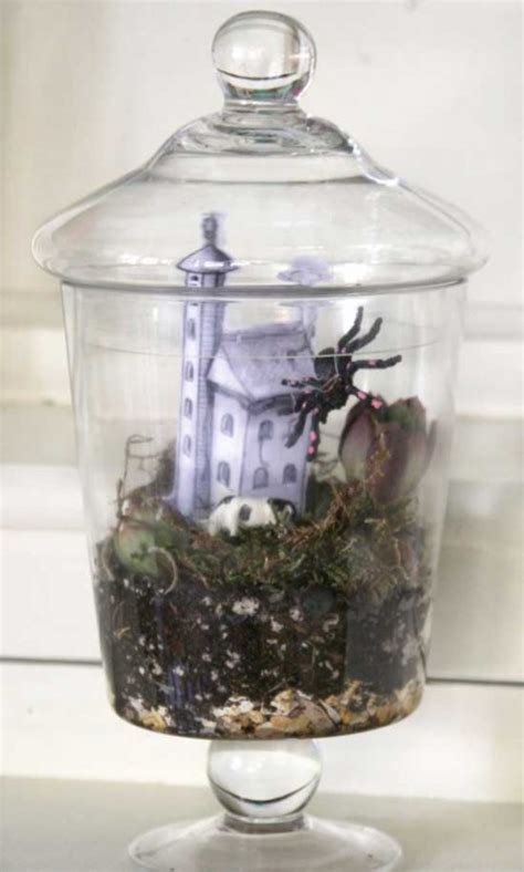 simple  cool diy halloween terrariums shelterness