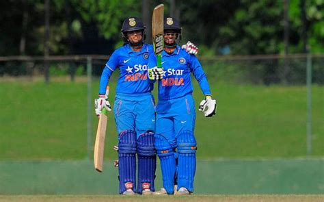south africa pip india by seven wickets in first t20i in india pip south africa in thrilling women s world cup
