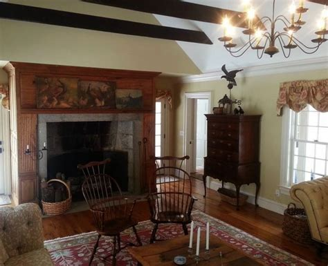 colonial style home interiors 17 best images about colonial or early american living
