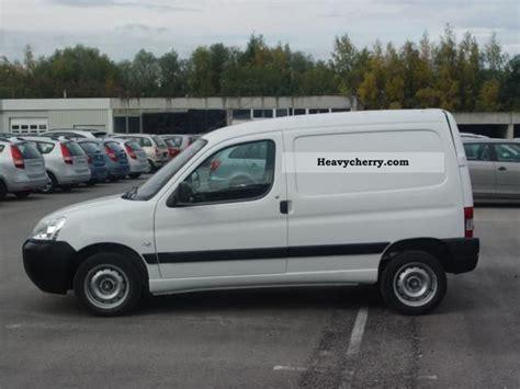 Peugeot Partner Van Comfort Edition 6 1 Vti72 2011 Box