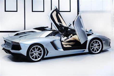lamborghini presenta la nuova aventador lp 700 4 lamborghini aventador la nuova roadster lp 700 4 cavalli vapore