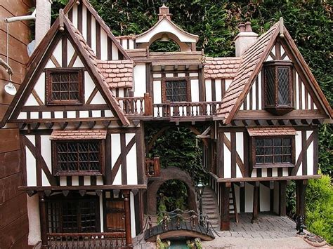 tudor doll house tudor dollhouse exteriors dollhouse decorating