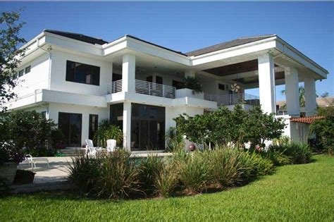 Florida Style Homes contemporary home with 4 bdrms 5555 sq ft house plan