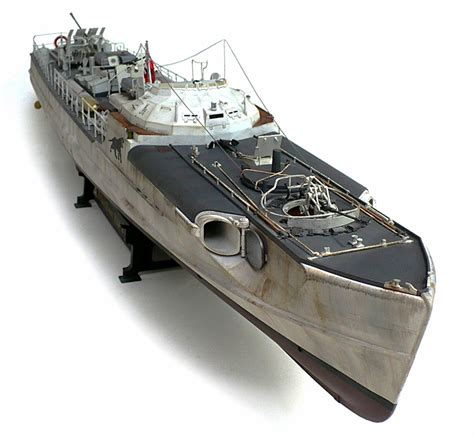 The Great Canadian Model Builders Web Page!: Typ. E 100 ... E Boats