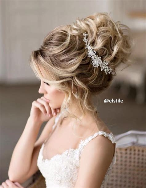 bridal inspiration these bridal updos are the real deal elstile wedding hairstyles for long hair 2 deer pearl
