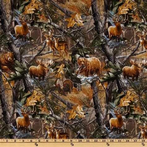 Realtree Quilting Fabric by Realtree Discount Designer Fabric Fabric