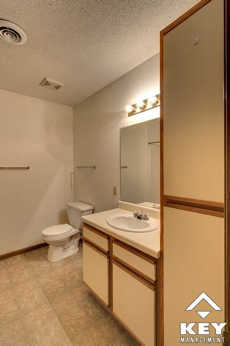 ks bathrooms northridge crossing rentals mcpherson ks apartments com