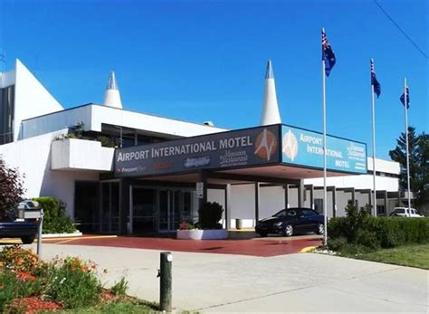 comfort inn airport international comfort inn airport international queanbeyan compare deals