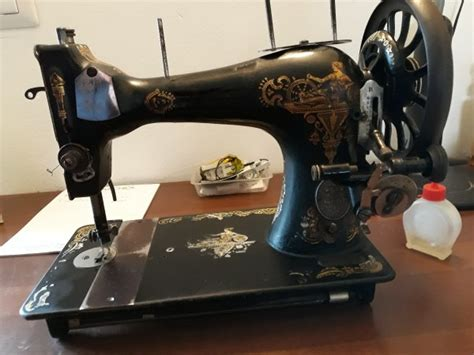 Determining The Age Of An Old Sewing Machine Thriftyfun