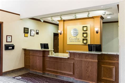 comfort inn and suites custer comfort inn and suites custer 2017 room prices deals
