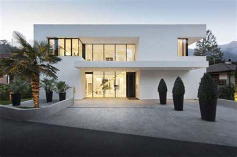 special a beautiful house design cool inspiring ideas 5022 progetto di casa moderna a merano con giochi di