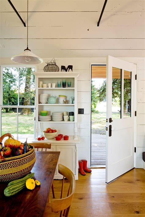 the cozy country house for a designers family