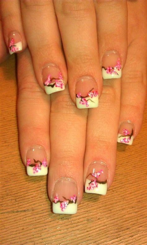pretty flower nail designs hative