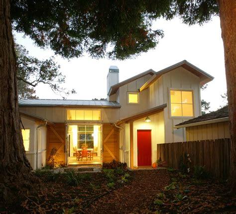 the farmhouses of fine homebuilding fine homebuilding board and batten reborn fine homebuilding