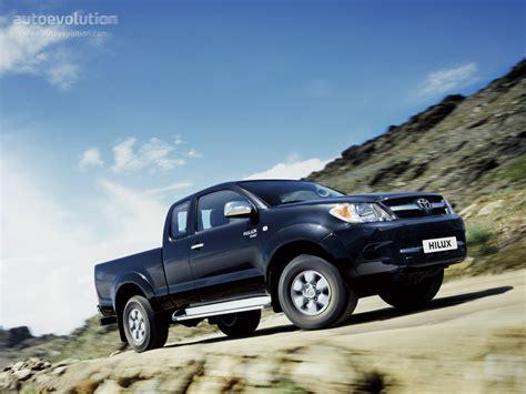 Lu Toyota Avanza toyota hilux cab specs 2005 2006 2007 2008