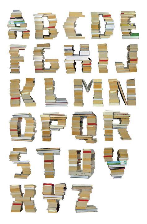 letters on books byggstudio