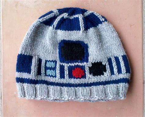 Custom Knitted R2d2 Sweater And Hat