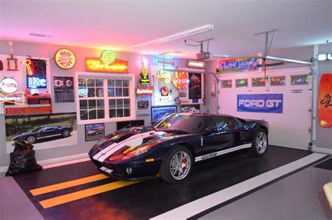 Garage Decorating Ideas by Amazing Garage Flooring Ideas Decorating Ideas Gallery In