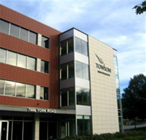Towson Collehe Of Business Mba by 478 Towson Forbes