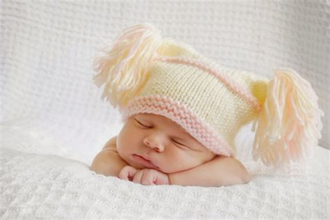 born baby wallpapers