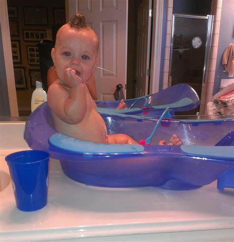 bathtubs for 6 month olds baby bath tub for 6 month old 1000 images about baby gear