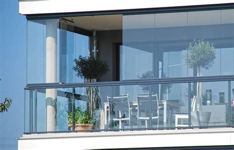 verande mobili per balconi esterno designs verande per balconi verande per balconi