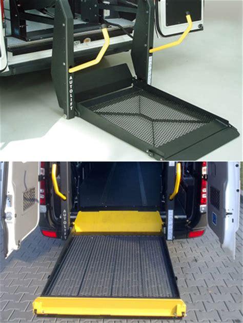 pedane per disabili per auto sollevatori elettrici per il trasporto dei disabili