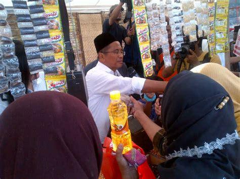 Timbangan Warung Sembako Dahlan Iskan Saat Jualan Sembako Di Pasar Murah 28x Factor