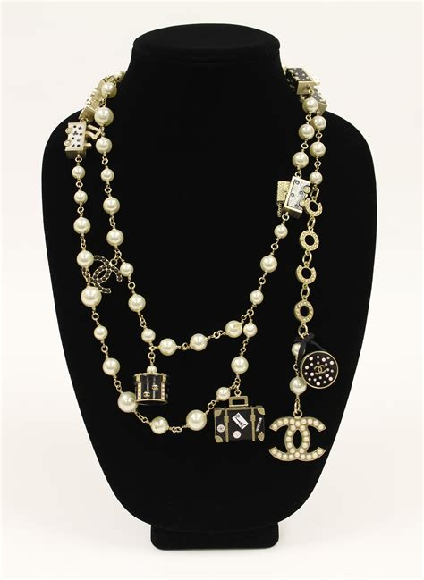 chanel convertible charm necklace belt