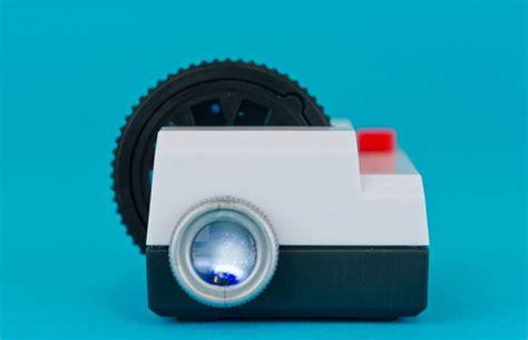 Proyektor Jadul Projecteo Proyektor Mini Untuk Tilkan Foto Foto Anda Techno Id