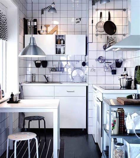 ikea illuminazione cucina cucina la luce nel punto giusto cose di casa