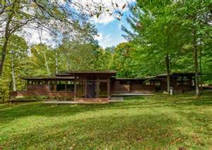 Frank Lloyd Wright Inspired Homes by Stellar Frank Lloyd Wright Inspired Michigan Home Asks