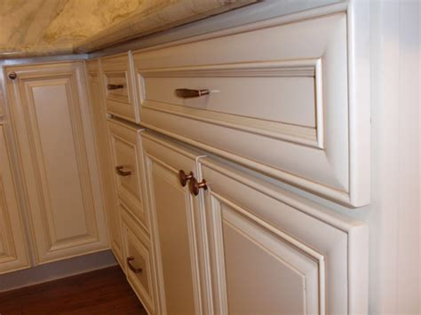 Antique White Maple Glazed Kitchen Cabinets White Kitchen Cabinets With Glaze