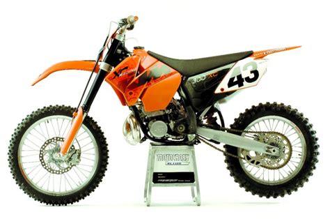 2007 Ktm 300 Xc Specs 2007 Ktm 525 Xc Desert Racing Moto Zombdrive