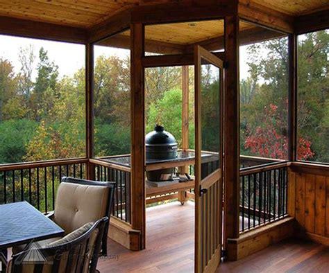 wow   beautiful screened  outdoor space