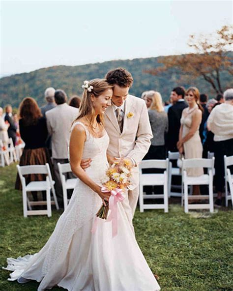 Casual Wedding Photos a vibrant casual outdoor wedding in tennessee martha