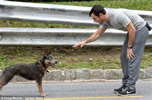 justin theroux dog justin theroux breaks down as he films a scene with a