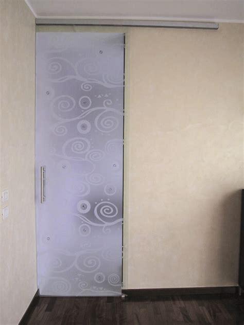 porte scorrevoli montaggio porte scorrevoli in vetro produzione e montaggio metalvetro