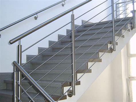 Edelstahlgeländer Treppenhaus by 1000 Ideas About Au 223 Engel 228 Nder Pe Sichtschutz