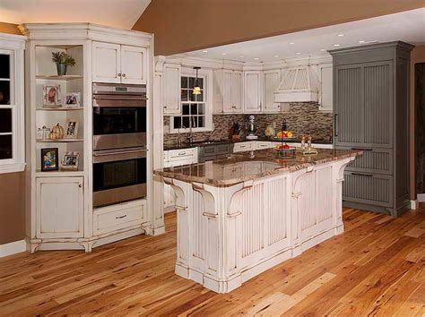 Distressed White Kitchen Cabinets by Distressed White Kitchen Cabinets The Bangups Decor