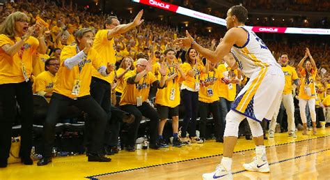 stephen curry fan club golden state warriors oracle arena and oakland alameda